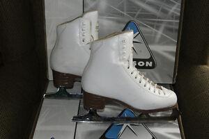 Figure Skates - Ladies size 5 C, Jackson Classique