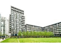 Large 3 Bed Penthouse Only 5 Min Walk to Heron Quays Dlr Stn