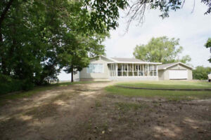 60016 RR193 Rural Smokey Lake County Priced to Sell!