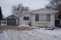 4 bedroom mobile home for rent in Wainwright