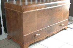 "1940""s antique refinished cedar lined walnut hope chest Peterborough Peterborough Area image 1"
