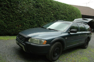 VOLVO XC70 WAGON AWD TURBO 2005