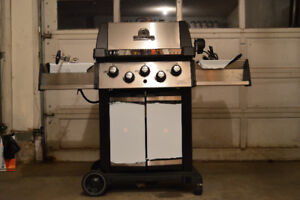 2017 Broil King Signet 90-Never Used!