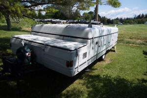 2003 Coleman 12 ft Utah king size beds both ends A1 condition