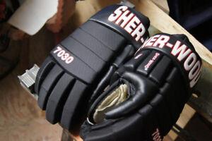 hockey quipment