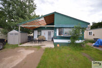 Large Family Home in Caronport!