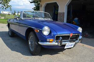 1976 MGB CONVERTIBLE restored