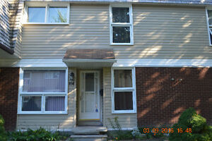 4 BED 3 BATH CONDO/TOWNHOUSE IN BEAVERBROOK (KANATA) - NOV 1