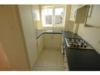 First floor 2 bedroom flat in Greenwich near Deptford Bridge DLR, furn or unfurn, parking, modern