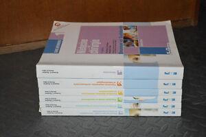 Plusieurs livres SOINS INFIRMIERS