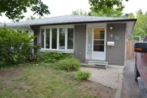 Have a large family? – Check out this 3 plus 2 bedroom semi!