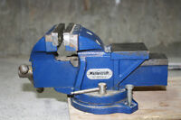 Mastercraft 4-in. Table Vise With Swivel Base