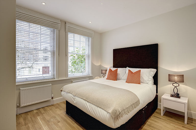 LUXURY REFURBISHED TWO BEDROOMS AND TWO BATHROOMS FLAT IN VICTORIAN MANSION BLOCK. AVAILABLE NOW!!!!