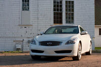 2009 Infiniti G37x Premium AWD Coupe (2 door)