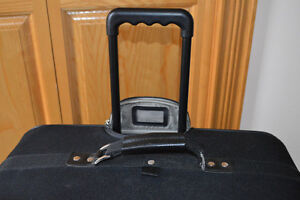 2 AMERICAN TOURISTER SUITCASES Stratford Kitchener Area image 3