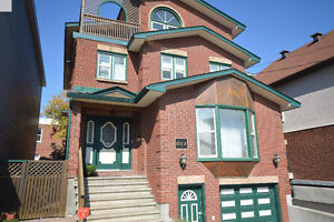 Incredible home in Sandy Hill! A.MUST.SEE. - $3,200 5b/5b