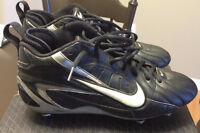 NIKE ELITE Football/ Ultimate Cleats! $40 or best offer!