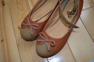 BRAND NEW SHOES London Ontario image 3