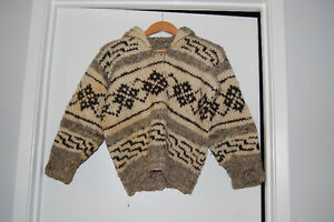 Cowichan Pullover Sweater
