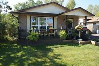 For Sale in Welland 3 +1 Bungalow Large 46.53 X 110.50 Feet Lot