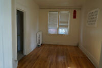Nice and newly-renovated ground floor of a duplex in Glebe Area