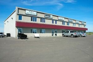 PRIME SECURE HWY 16A location, 1 Bay, 3 offices, Stony Plain