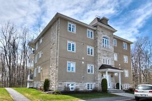Condo for sale or for rent in Aylmer