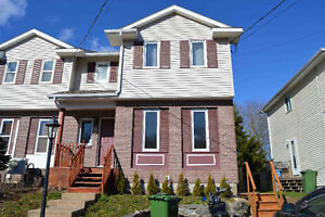 HOUSE FOR SALE - 97 BRUCE DR LOWER SACKVILLE