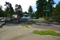 Walk-on waterfront in a prime Gabriola location