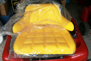 John Deere Style Replacement 2 Piece Seat & Backrest For Tractor