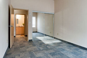 Clean Room for Lease Take Over @ 530/month