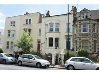 2 bedroom flat in Coronation Road, Southville, Bristol, BS3 1AX