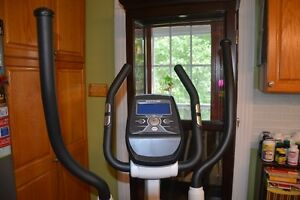 Kettler Rivo P Elliptical Crosstrainer Kitchener / Waterloo Kitchener Area image 2