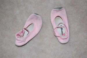 Gymnastic/Ballet Slippers (Girls, pink)