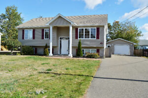 Shediac - REDUCED!!! to $223,800 !!   walk to School!!