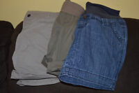 3 pairs of Size Large - Thymes maternity shorts