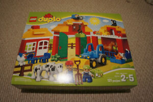 LEGO DUPLO Town Big Farm 10525 Toddler Toy, Large Building Brick