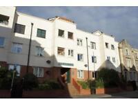 1 bedroom flat in Dairycroft, 39 City Road, St Pauls, Bristol, BS2 8TT