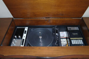 Electrohome Vintage Stereo Unit