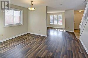 OPEN HOUSE TODAY SATURDAY NOV 26TH 1-3PM London Ontario image 4