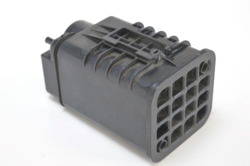 LEXUS RX 300 2005 3.0 V6 1MZ-FE FUEL TANK CARBON CANNISTER 77704-48040