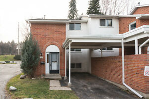 Keats Way Townhouse - 5 bedroom Kitchener / Waterloo Kitchener Area image 1