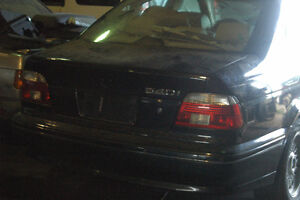 V BMW e39 540i sedan M62 V8 Auto  March 2002 GN86554