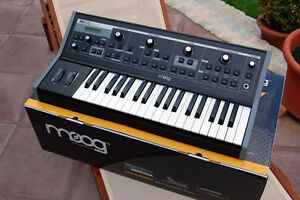 Moog little phatty Synth synthetiseur analogique