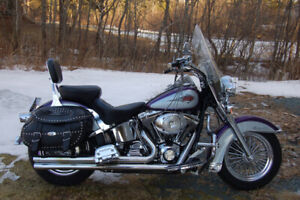 2001 Heritage Softail. $11000 OBO  Bike is in Miles