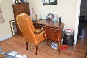 JC PERREAULT leather chair