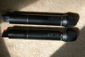 Microphones Wireless JWL VX-828 Set Of Two Belleville Belleville Area image 3