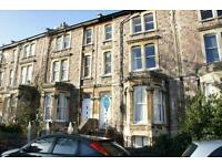 1 bedroom flat in Alma Vale Road, Clifton, Bristol, BS8 2HS