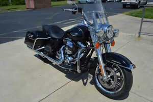 Harley Davidson Road King - SAVE THOUSANDS