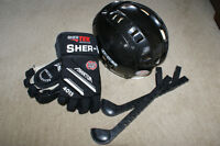Childs Helmet, Gloves and Skate Guards